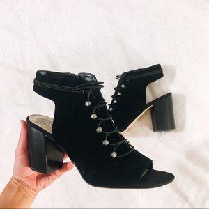 VINCE CAMUTO Black Leather Block Heels